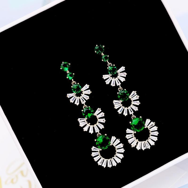 Fashion Vintage Emerald Overlay Scalloped Long Earrings