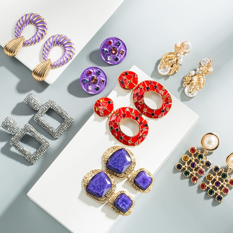 How To Sell Jewelry Online Successfully: 5 Mistakes You MUST Avoid