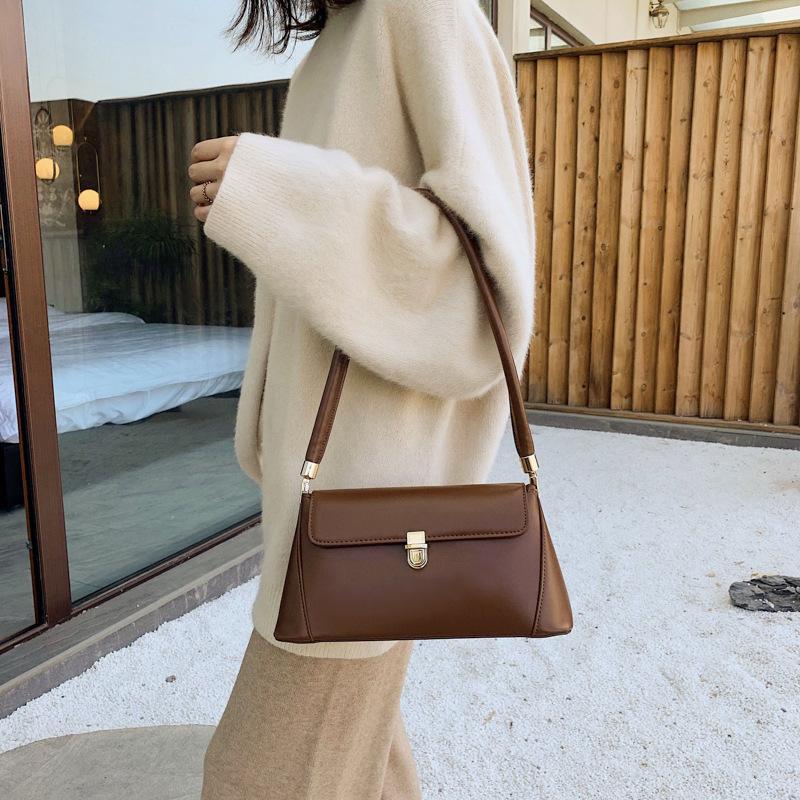 Vintage Style Simple Shoulder Bag