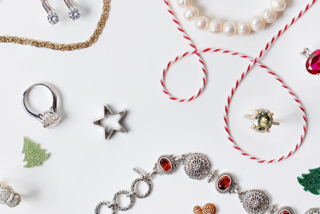 7 Valuable Tips for Buying Wholesale Jewelry