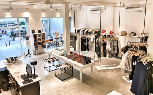Clothing-Boutique