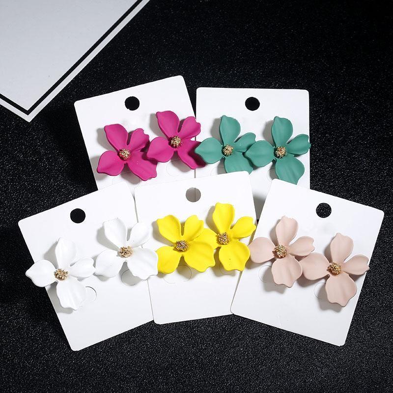 Simple korean flower earrings