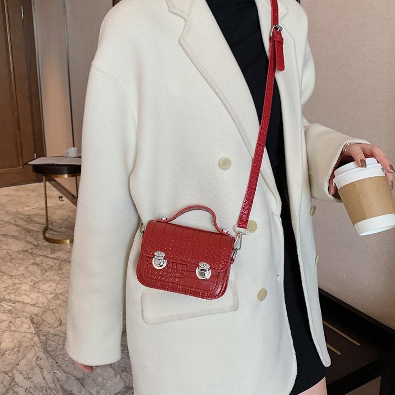 red mini bag NHEX297719